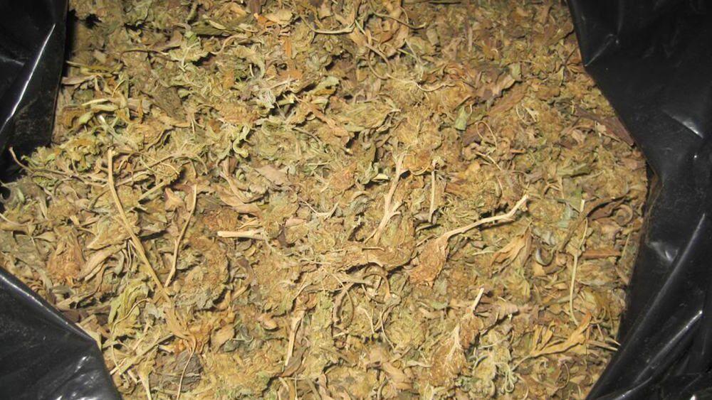 Mężczyzna poszedł na policję, aby poskarżyć się, że dostał marihuanę słabej jakości