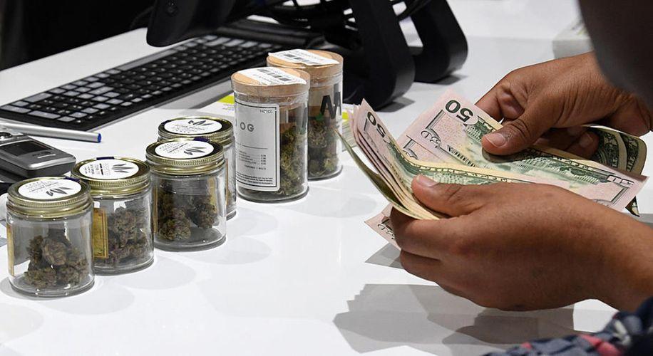 Sprzedaż marihuany w Michigan w pierwsze dwa tygodnie przekroczyła 3 miliony dolarów
